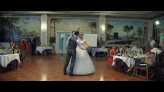 Первый танец молодоженов на свадьбе(Вариант постановочного Первого танца на Свадьбе http://rozovyi-slon.ru Подпишись на канал и расскажи друзьям - http://www.y..., 2013-07-10T22:45:43.000Z)