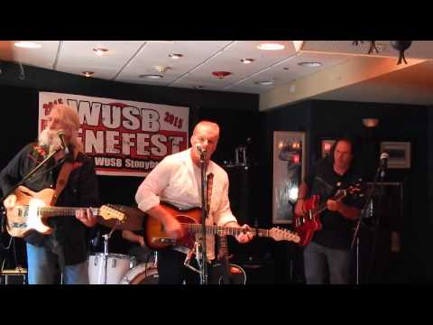 The Welldiggers WUSB Benefest 8-22-15_004