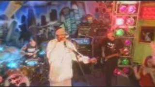 The Transplants & Snoop Dogg - Tall Cans In The Air - Live .mpg