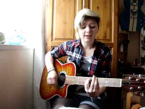 Moving to new york- The Wombats (acoustic cover)