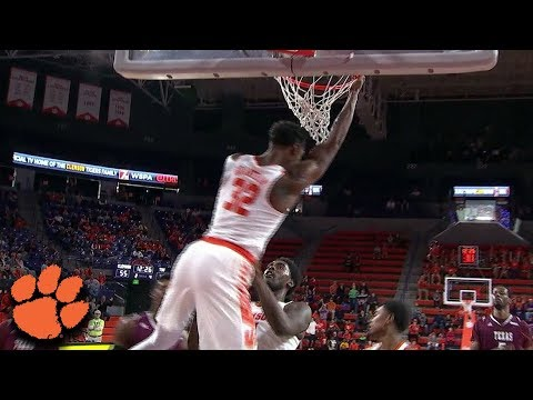 Marcquise Reed Finds Donte Grantham For Alley-Oop vs. Texas Southern