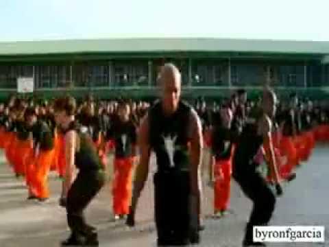 Видео, Заключенные танцуют в память о Майкле Джексоне