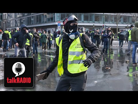 """""""I would invest in yellow vests in Britain if I were you"""" 