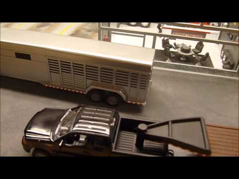 1/64 Custom Horse trailer & flatbed truck ( old project )
