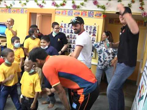 Indian Cricketer Yuvraj Singh dancing with Cancer Childrens