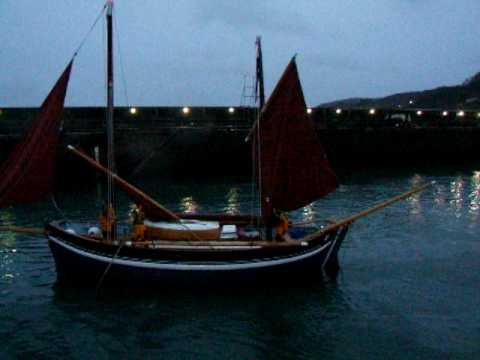 Pete Goss leaves Newlyn in 'Spirit of Mystery'