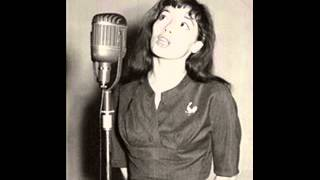 Juliette Greco Sings