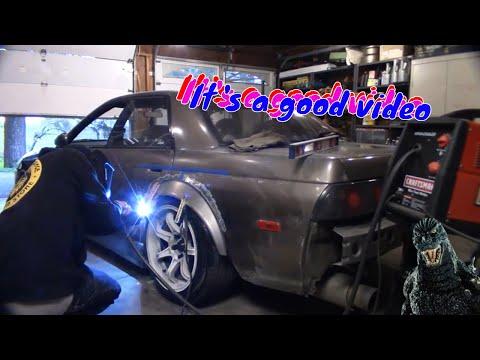 R32 Skyline Drift Build | Ep.9 | Metal Fender Flares on the R32 Sedan! DIY Rust Repair!