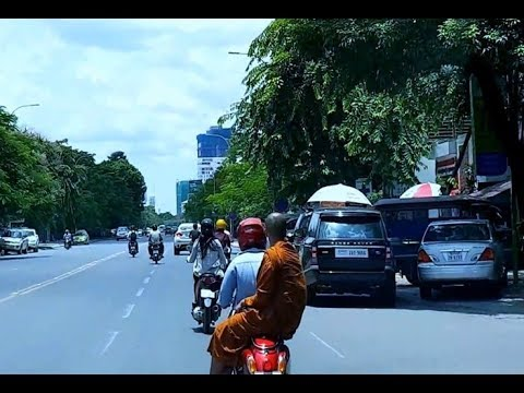 Travelling and Touring Around Phnom Penh, The Capital of Cambodia