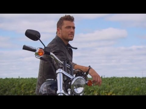 Cops Searching For Driver Who Helped Chris Soules Flee Fatal Car Crash