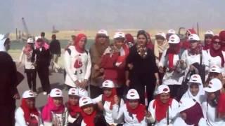 شاهد وزير الشباب وبنات مصر فى