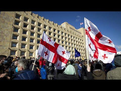 Proteste in Georgia dopo l'arresto del leader dell'opposizione Nika Melia