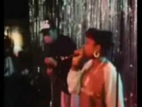 Roxanne Shanté And Biz Markie Live 1986...