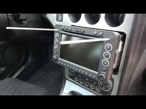 Vyndání rádia / navigace Connect Nav+, Alfa Romeo 159