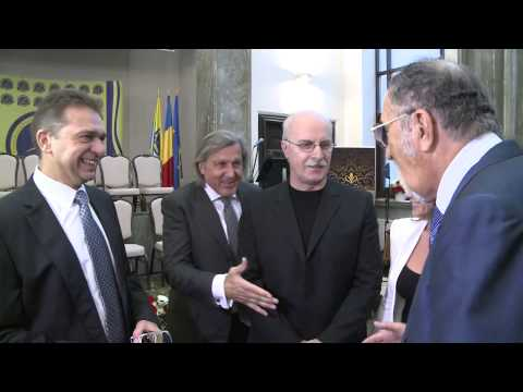 "Ilie Nastase se ""prosteste"" alaturi de Ion Tiriac"
