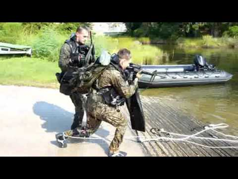 Marine Combatant Dive 8 of 8