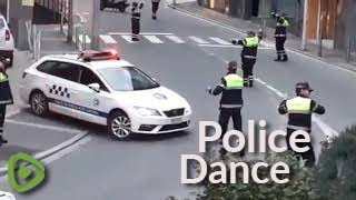 YouTube動画:Police officers in Spanish city perform dance routine to 'Baby Shark' song
