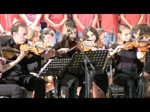 FIM 2015: L'Escola de Música versiona 'Annie'
