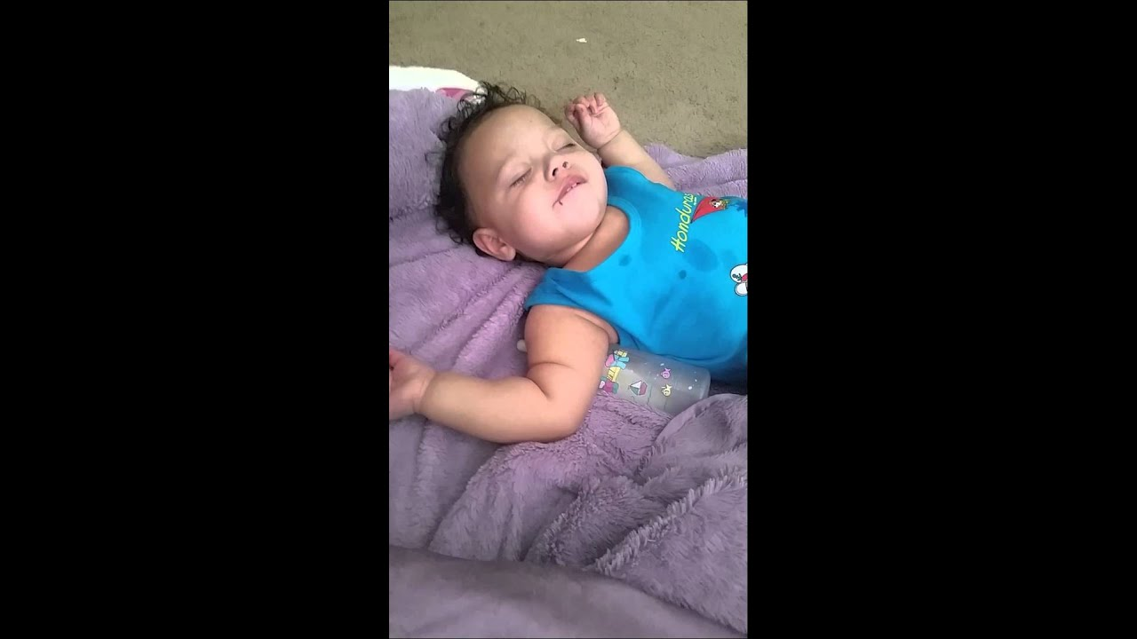 how to make my baby fall asleep