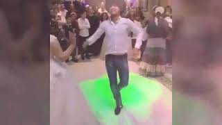 Танцуюем  на свадьбе у сестры Лалы 😊