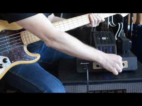 AMPEG PF 20 T -  Bass Head Soundtest