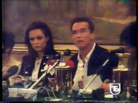 Arnold Schwarzenegger e Francesca Neri 2002 @ conferenza stampa Collateral-Serv. E. Carioti