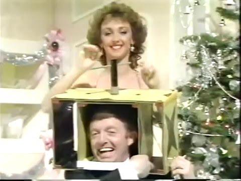 The Paul Daniels Magic Show Christmas 1984 (S06E08)