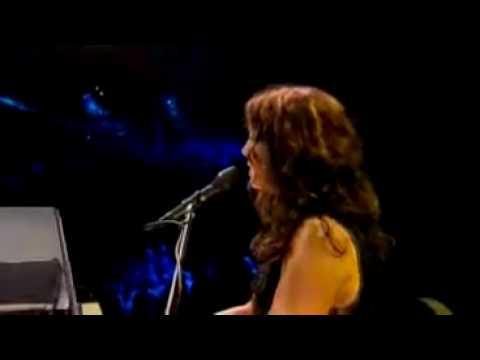 In the Arms of an Angel - Sarah Mclachlan (live)