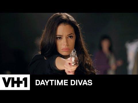 Star Jones Talks About the Pink Gun | Daytime Divas