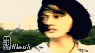 Nike Ardilla - Tinggallah Kusendiri (Karaoke Video)