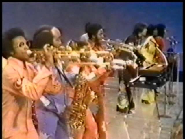 Soul Train Shake Your Booty Kc Sunshine Band Youtube