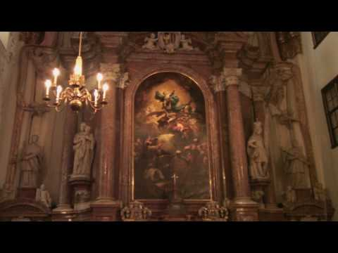 Linz, Austria Tourism : Linz Tourism: Inside of St. Ignatius Church