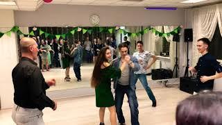 Уроки САЛЬСЫ в Танцевальном Клубе