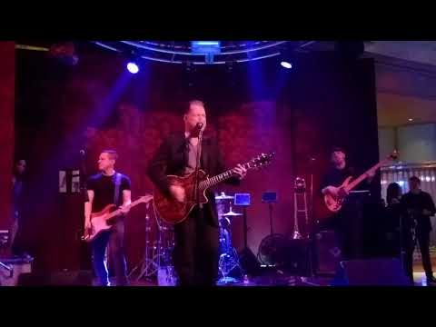 Brian Kirk And The Jerks Playing - Bruce Springstein  1- 12 - 2017