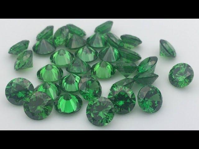 Emerald Green Cubic Zirconia Round Diamond Cut gemstones