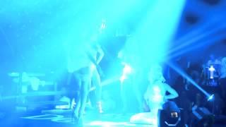 Заведения в София: Секси Танцьорки в Club Night Flight