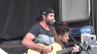 "Thomas Rhett ""It Goes Like This"" 6-6-13"