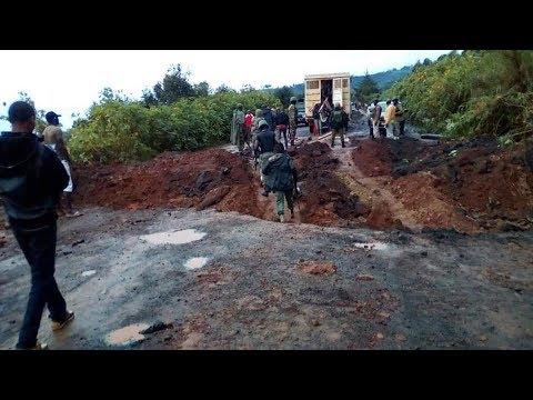 Breaking News!  Road to Bamenda Cut Off last night by Amba Fighters at Akum near Bamenda!