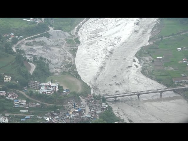 हेलिकप्टरबाट यस्तो देखियो सिन्धुपाल्चोकको दर्दनाक दृश्य #ournewscrew #Sindhupalchok #nepalflood