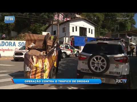 Operação contra o tráfico de drogas é realizada em Itajaí