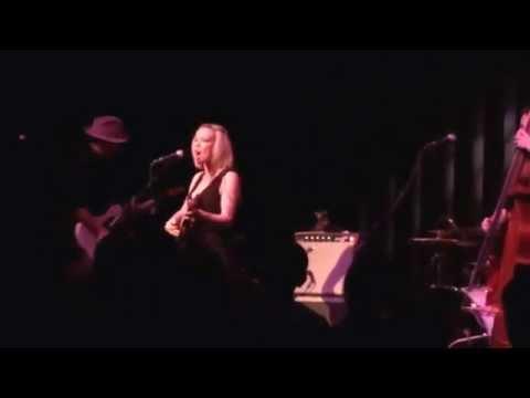 Amanda Shires w/Jason Isbell -I'm Your Man (L. Cohen cover) 1/16/15 Workplay Birmingham, AL