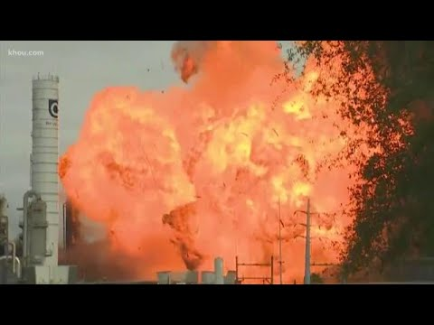 Download Second explosion at TPC chemical plant in Port Neches