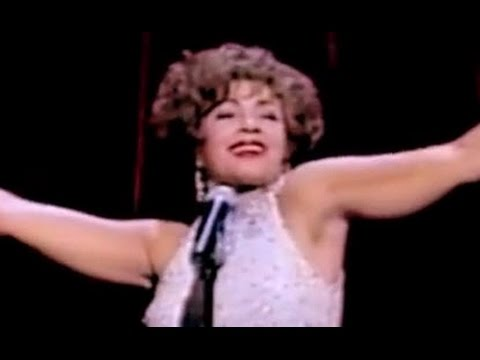 Shirley Bassey  Light My Fire  I Am What I Am Royal Variety 2000