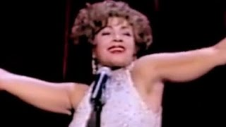Shirley Bassey - Light My Fire / I Am What I Am (Royal Variety 2000)  (2000 Live)