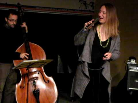 BRIGAS NUNCA MAIS- Doze Cordas Trio live all'Espace Populaire di Aosta il 16/04/2010