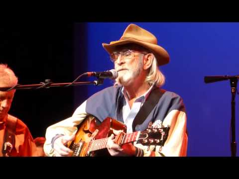 Don Williams - Love Me Over Again (Houston 11.13.14) HD