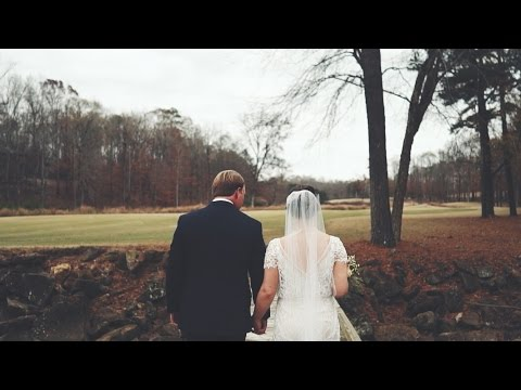 Outdoor Christmas Wedding - Frances & Clint // Auburn, Alabama