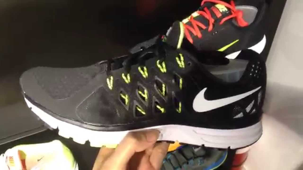 Nike Vomero 9 Shoes