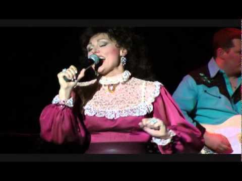Amberley Beatty starring as Loretta Lynn The Honky Tonk Gal