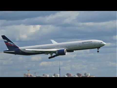Боинг 777 Аэрофлот. Посадка с ветром, взлет с дождем.